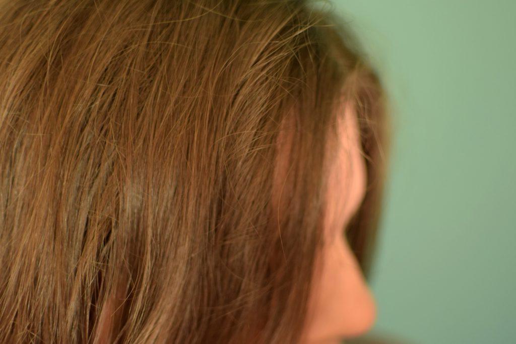 lange-haare-halb-trocken
