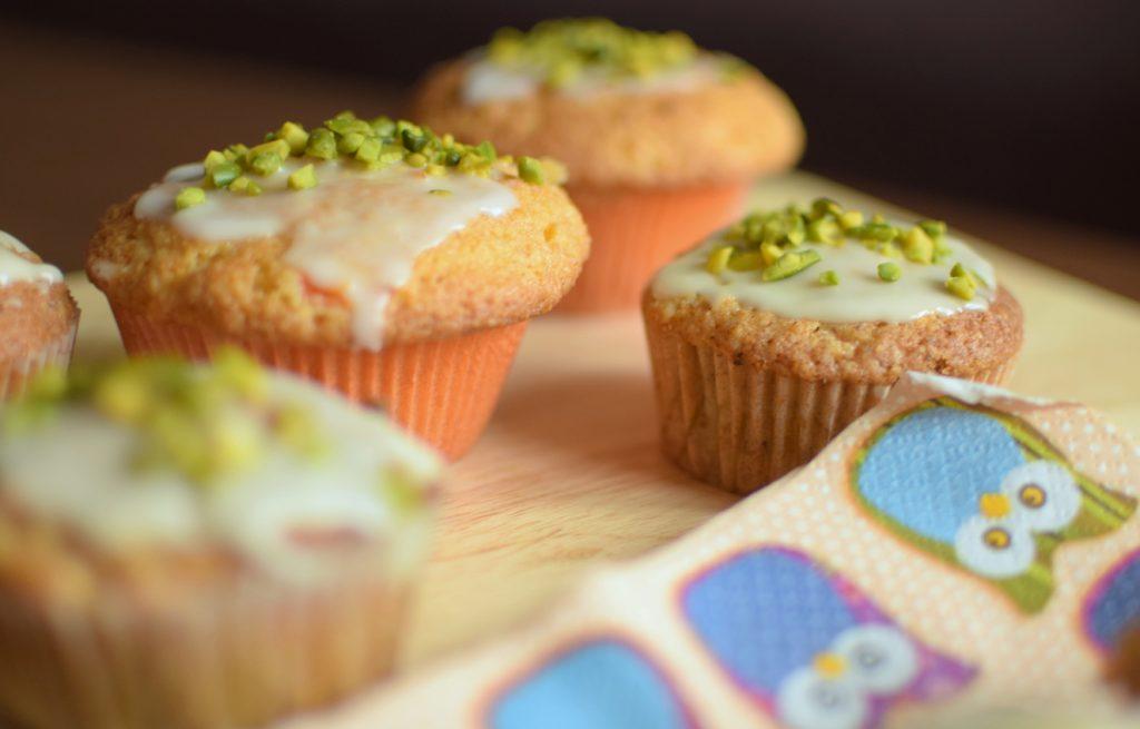 Rübli-Muffins mit Haselnüssen und Mandeln