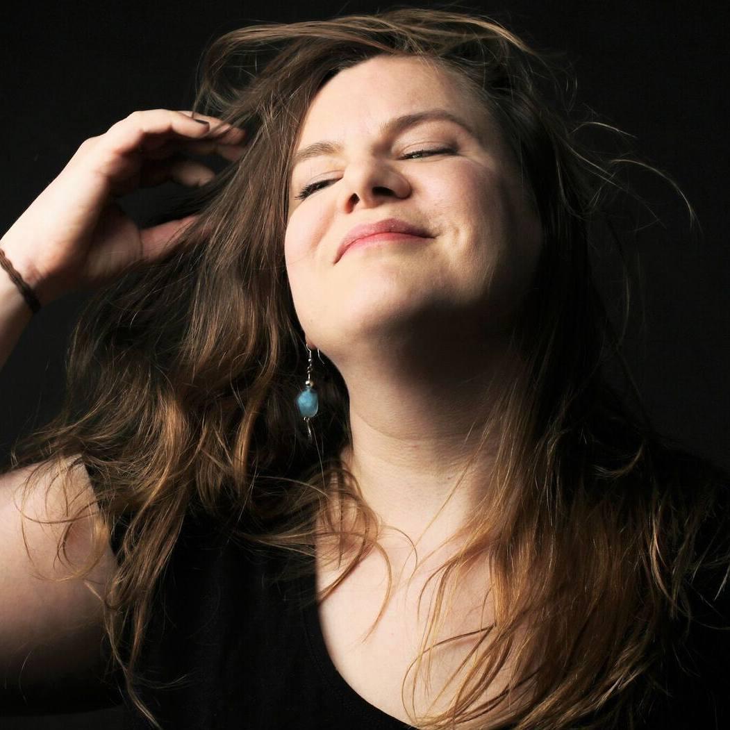 Letztes Bild aus der HaarschmeissSerie wieder von Ursula Pauli geschossenhellip